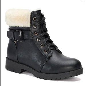 NIB-Lamo Black Faux Fur-Lined Boots